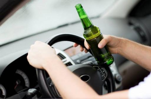 Знову алкоголь: поліціянти за добу затримали аж п'ятьох п'яних водіїв