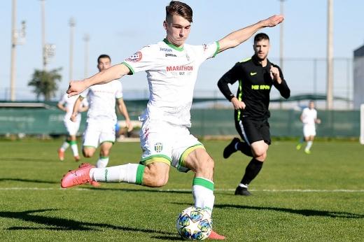Молодий футболіст із Закарпаття забиває свої дебютні м'ячі у товариському матчі за клуб УПЛ (ФОТО, ВІДЕО)