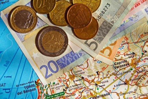 Які зарплати у європейців: інфографіка