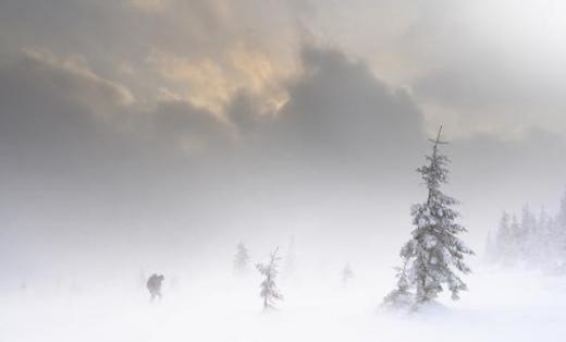 Рухається на захід: у горах Закарпаття - шторм