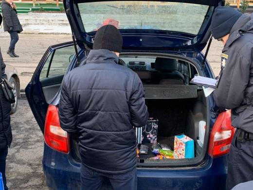 """В Ужгороді затримали наркоторгівця з """"товаром"""": подробиці"""