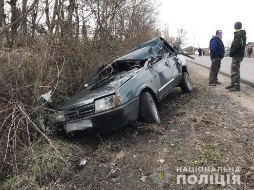 У Виноградові автомобіль «ВАЗ-2109» ударив «Мерсеdеs Sрrintеr» і перекинувся на дах