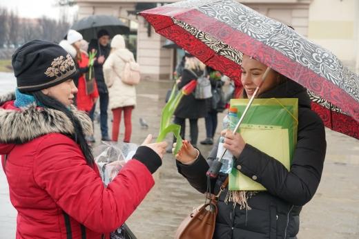 В центрі Ужгорода вітали з Днем Валентина