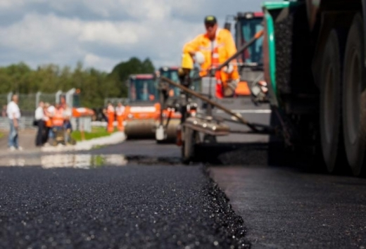 Стало відомо, скільки грошей виділив кабмін на ремонт закарпатських доріг