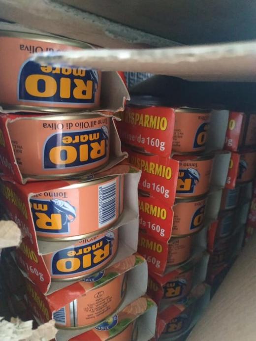 Закарпатські митники вилучили 1 тонну харчових продуктів