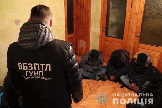 У Малому Березному місцеві жителі утримували вдома групу нелегалів для переправи до ЄС