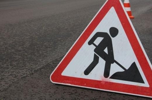В Ужгороді можливе ускладнення руху: ремонтні роботи на кількох ділянках дороги