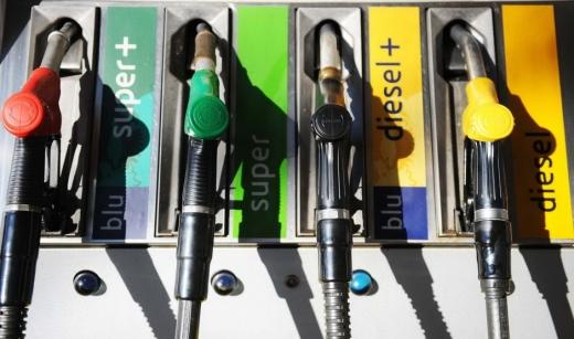 В Європі дизель вже подешевшав на 20%, бензин на 25%