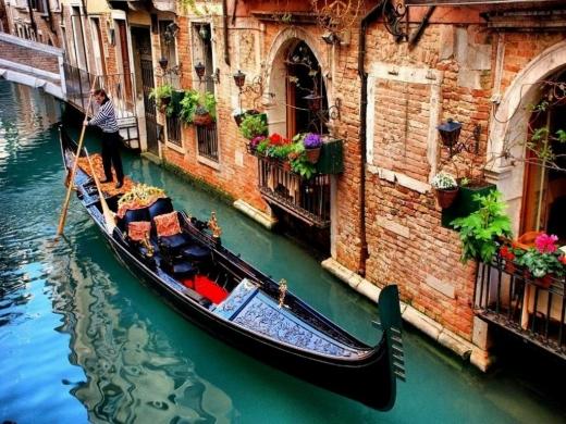 Завдяки карантину очистились канали Венеції