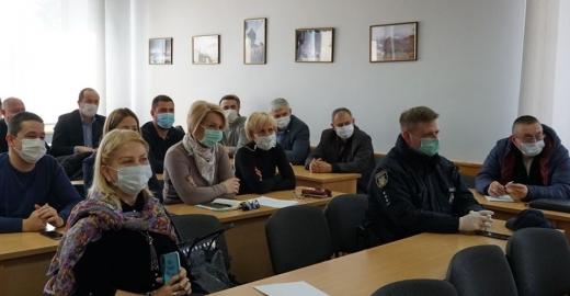 Із 20 березня робота громадського транспорту в Ужгороді буде тимчасово призупинена