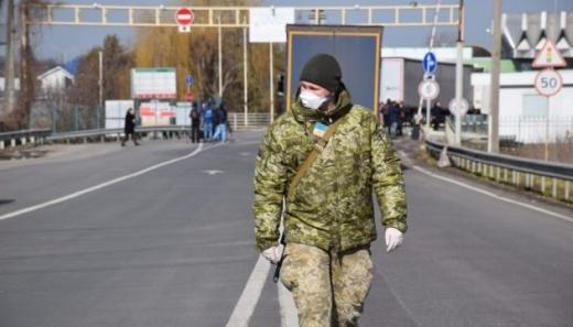Минулої доби з-за кордону повернулися майже 11 тисяч українців