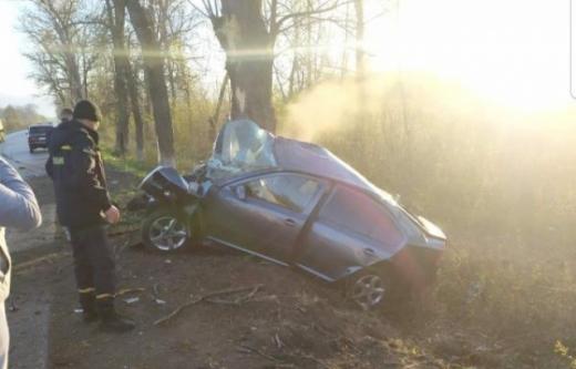 Жахлива ДТП на Іршавщині: загинув пасажир і травмований водій (ФОТО)