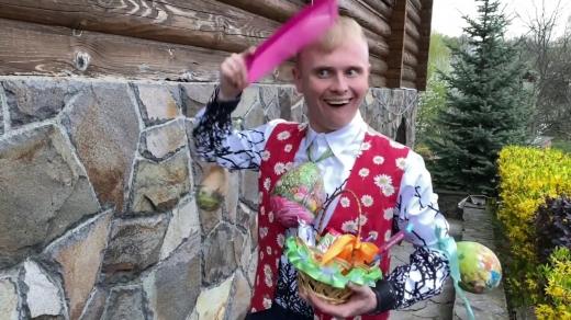 Як святкує Пасху-2020 відома закарпатська пара: нове відео від гумориста Володимира Гончарука