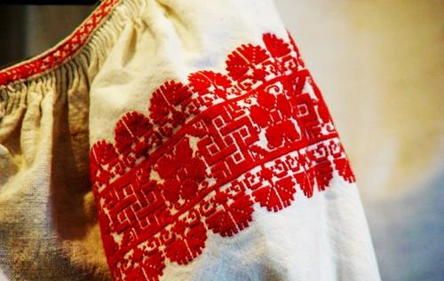Артисти Закарпатського народного хору зняли тематичний ролик до Дня вишиванки