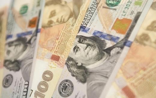 Курс валют НБУ. Долар і євро дорожчають