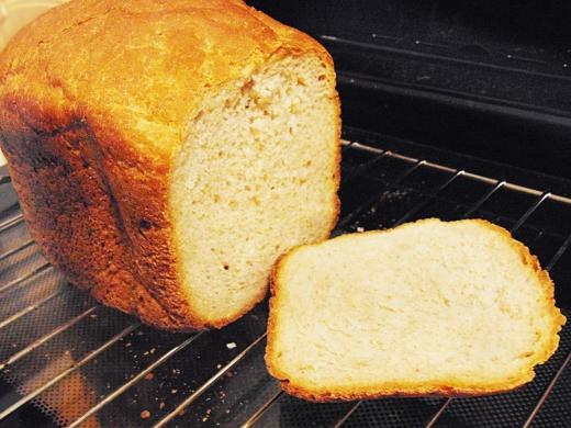 Як приготувати хліб вдома: рецепт без дріжджів в духовці