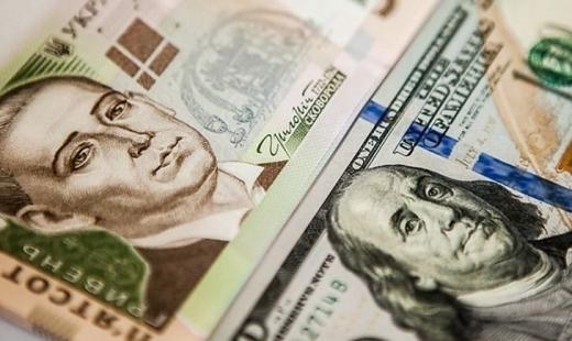 Посеред тижня долар почав падати: курс валют на 13 травня