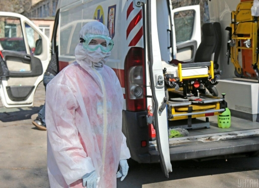 Закуплені костюми біозахисту вже завтра вирушать до регіонів - МОЗ