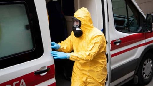 В Україні протягом останньої доби підтверджено 325 випадків COVID-19
