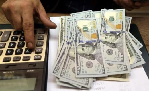 Долар і євро вперше за місяць синхронно подорожчали: який курс встановив НБУ