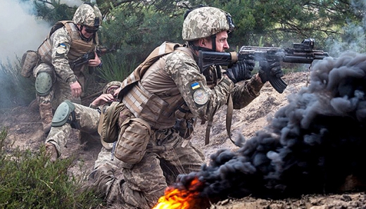 """Окупанти 12 разів порушили """"тишу"""": один військовий отримав поранення"""
