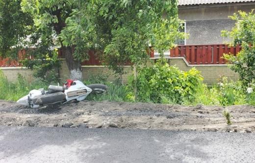 Аварія на Закарпатті: сталося зіткнення мотоцикла та велосипеда