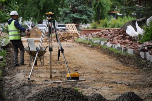 Сквер Петефі ремонтують в Ужгороді