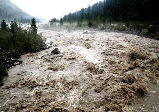 Рятувальники Закарпаття попереджають про можливі підтоплення, селі та зсуви ґрунту