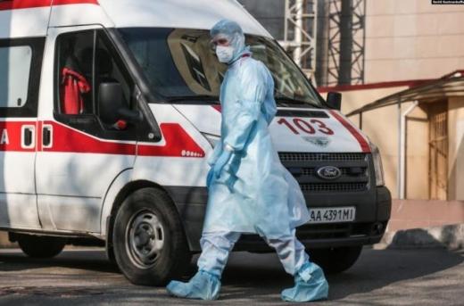 На Закарпатті 21 особі підтверджено коронавірус, троє з них - медичні працівники