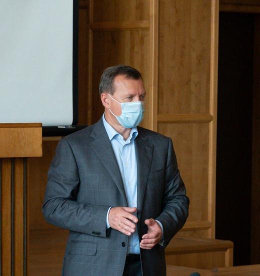 На ринках Ужгорода посилюють контроль за протиепідемічними заходами: подробиці