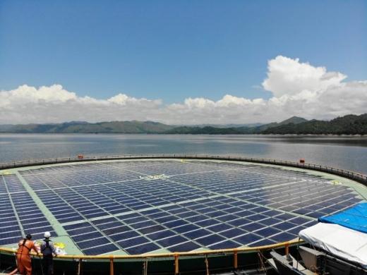 В Албанії будують перший плавучий сонячний парк