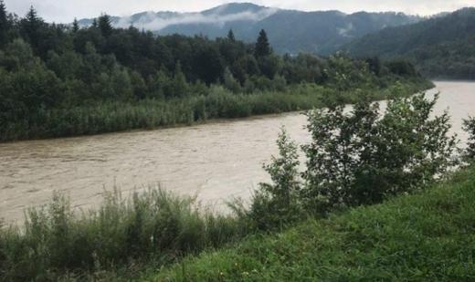 По всіх річках Закарпаття спостерігається високий рівень водності