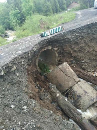 На Рахівщині повінь спричинила значні пошкодження лісової інфраструктури