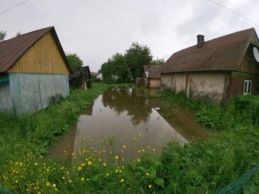 Наслідки негоди: на Закарпатті підтоплено 70 дворогосподарств (ФОТО)