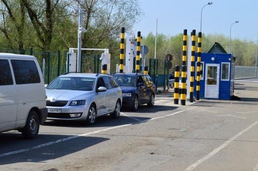 На українсько-угорському кордоні повністю відновлено роботу чотирьох пунктів пропуску