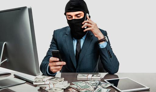 Шахраї на Закарпатті знову вимагають гроші: подробиці
