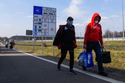 Польща оплатить українським заробітчанам тестування на COVID-19