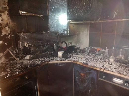 У Хусті під час пожежі в надвірній споруді у власника схопило серце