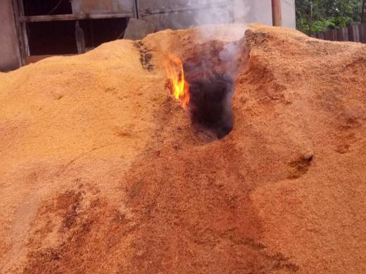 У Перечині горіло підприємство з виготовлення паливних брикетів