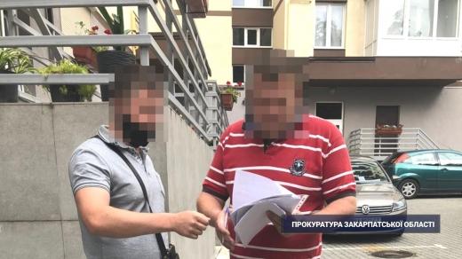 Прокуратура повідомляє про розтрату майже 1 млн грн працівниками авіаційного підприємства в Ужгороді
