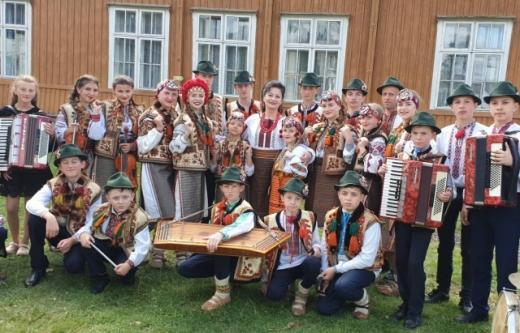"""""""Зірковий крок"""": закарпатський колектив отримав гран-прі за участь у престижному конкурсі"""