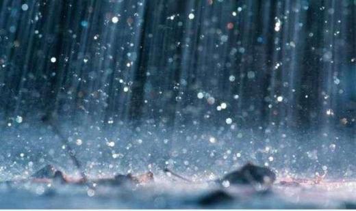 Закарпатські синоптики попередили про сильні опади, можливий град