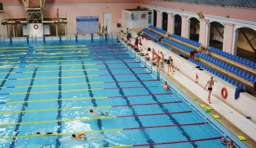 В Ужгороді дозволили роботу басейнів та спа-зон – рішення місцевої комісії ТЕБ та НС