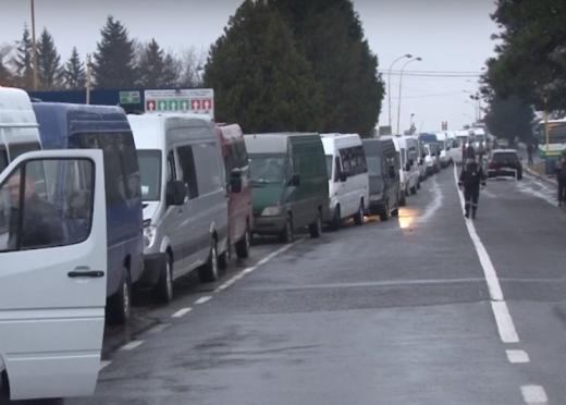 Ситуація на закарпатських кордонах: на одному із пунктів пропуску - велика кількість автівок