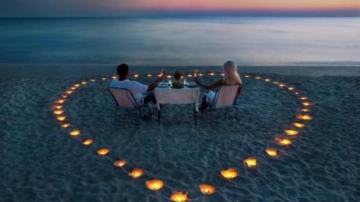 Любовний гороскоп на тиждень: на які знаки Зодіаку чекають сюрпризи