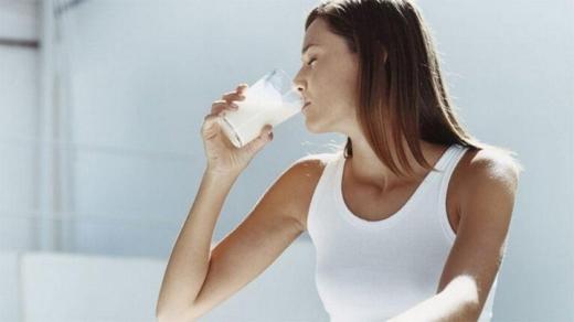 Користь кефіру: 5 причин полюбити кисломолочні продукти