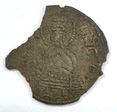 В Україні знайшли найбільший скарб монет князя Володимира за 100 років