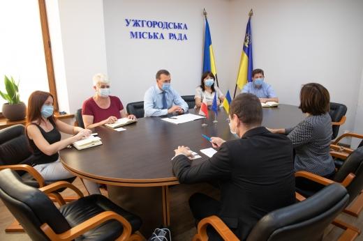Мер Ужгорода зустрівся із дипломатами з Польщі: про що говорили