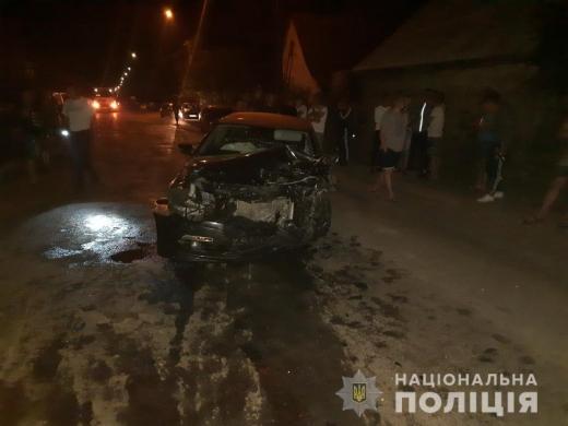 В Міжгір'ї зіткнулись три автівки: через ДТП постраждало троє дівчат