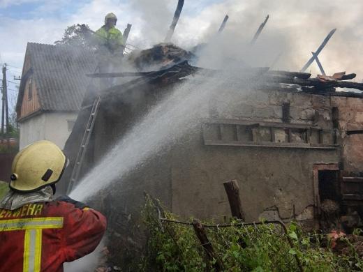 Дві пожежі за добу загасили в житловому секторі на Хустщині (ФОТО)